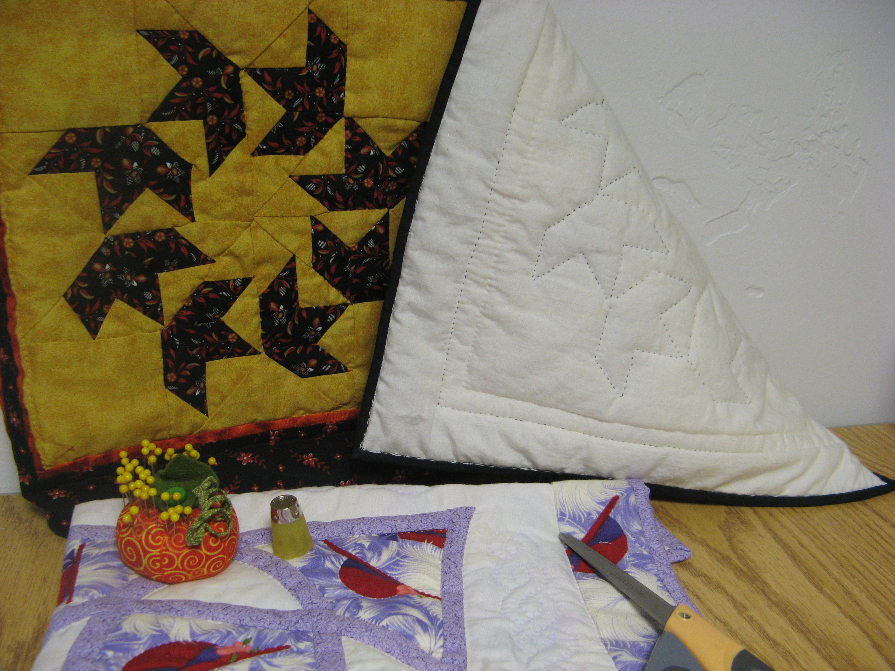 quilting anonymous swirls longarm pattern motion circles quilt and addicts free photo over image all
